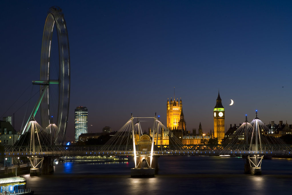 London-by-Night-from-Waterloo-Bridge.jpg