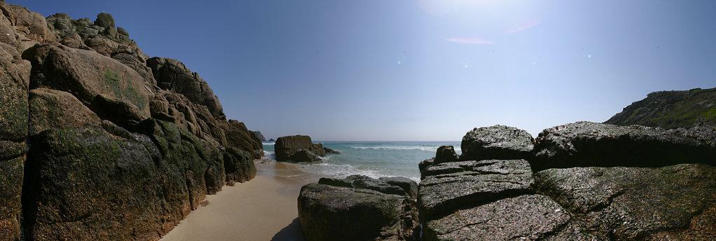 Pedney-beach-Cornwall.jpg