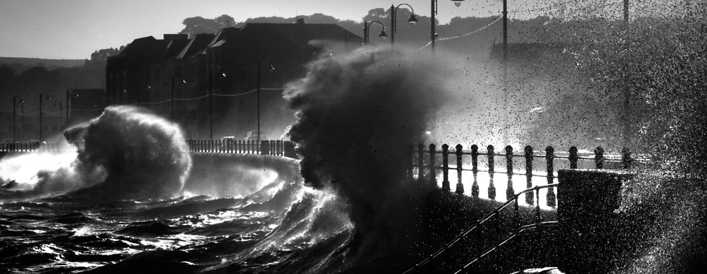 Penzance-Wave-head-2.jpg