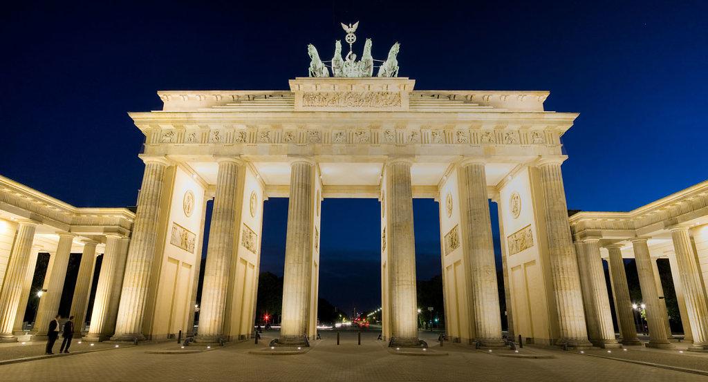 Berlin-Brandenberg-gate.jpg
